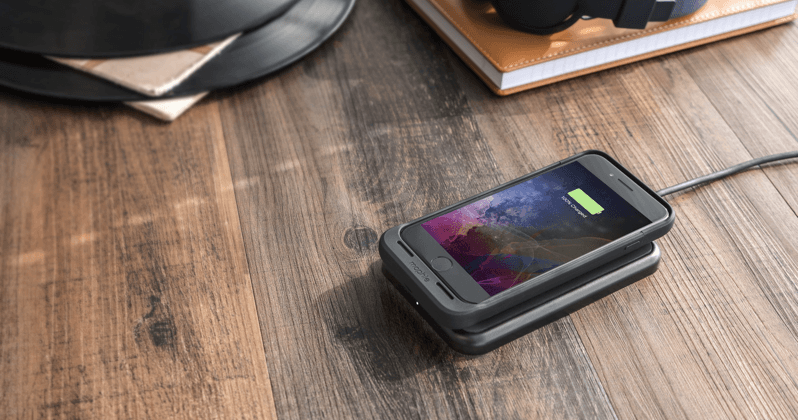 reputable site ccd17 e1d5b Mophie iPhone 7 Juice Pack Air adds wireless charging - SlashGear