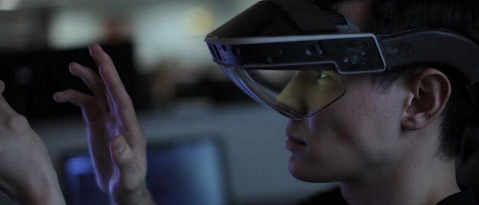 Meta 2 augmented reality developer kit headsets start shipping