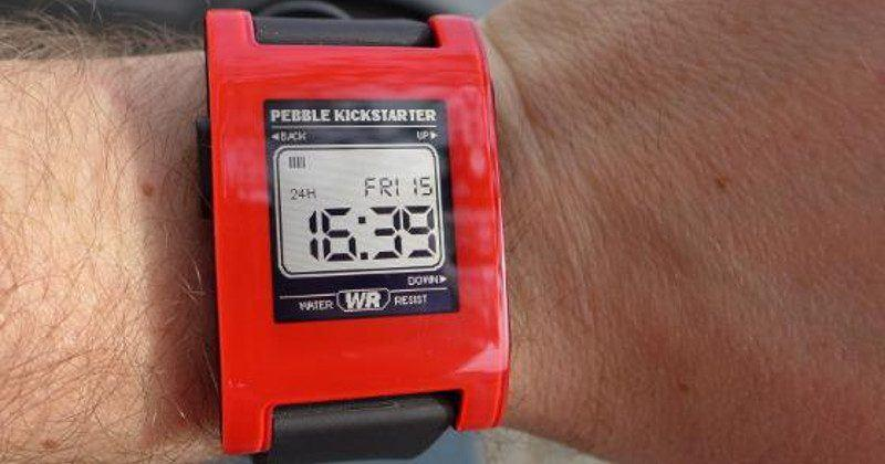 Pebble details what users should expect next year