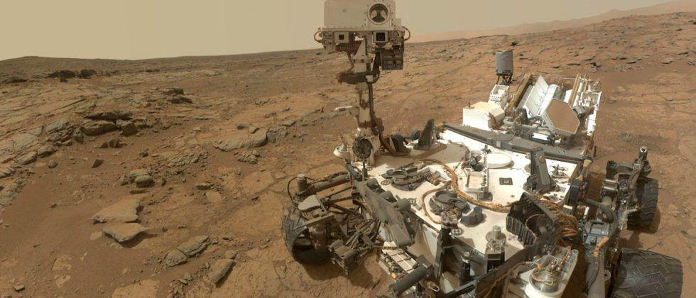 Curiosity Rover finds evidence of mud cracks in Martian rocks