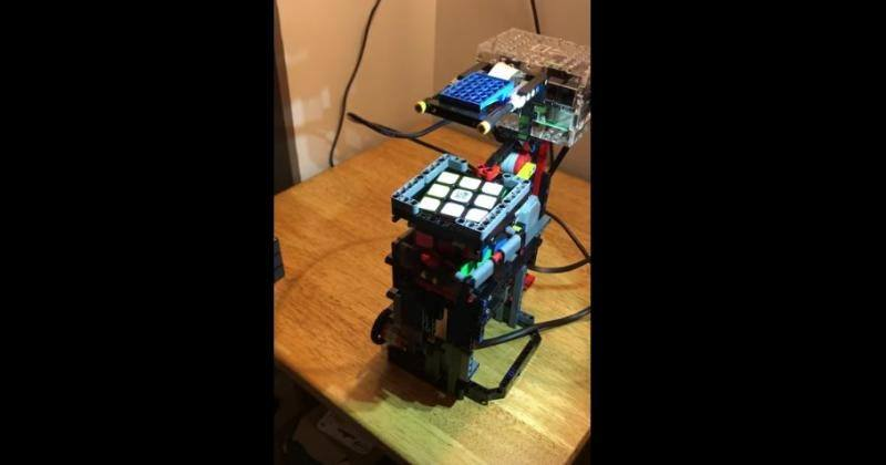 Raspberry Pi, Lego solve a Rubiks cube together