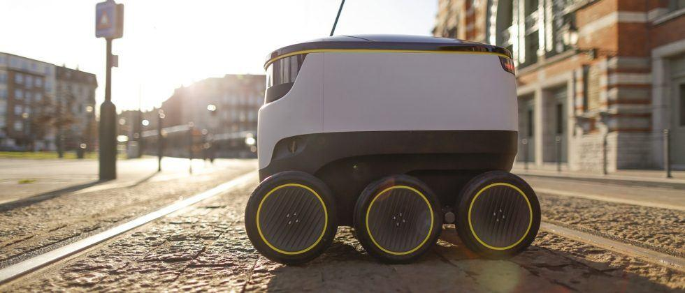 Starship's robot-couriers start US trials with Postmates and Doordash