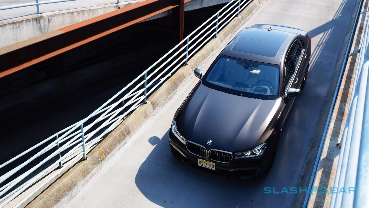 2017 BMW M760i Review: More than M7 - SlashGear