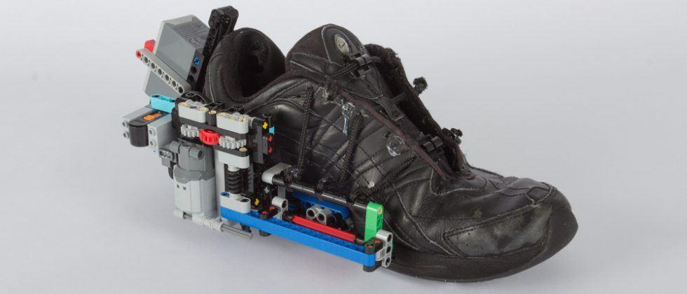 a7e8699180f8 DIY Lego self-lacing shoe one ups those self-lacing Nikes - SlashGear