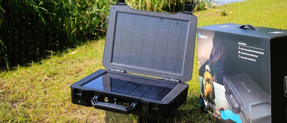"""Phoenix"" Briefcase Solar Generator revealed by Renogy"