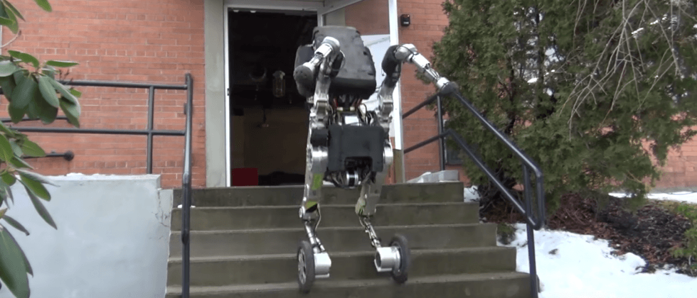 Boston Dynamics' newest robot is a rollerblading kangaroo
