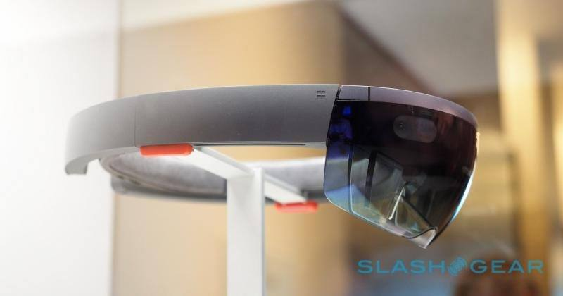 Microsoft HoloLens tipped to magically leap to v3, skip v2