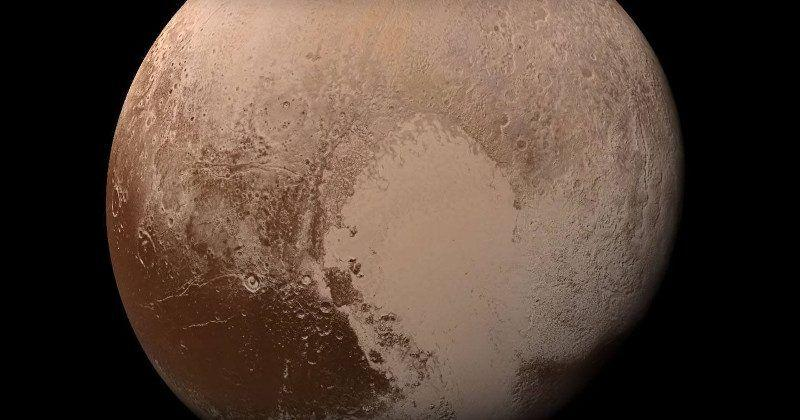 Pluto could be a planet again, just like our moon