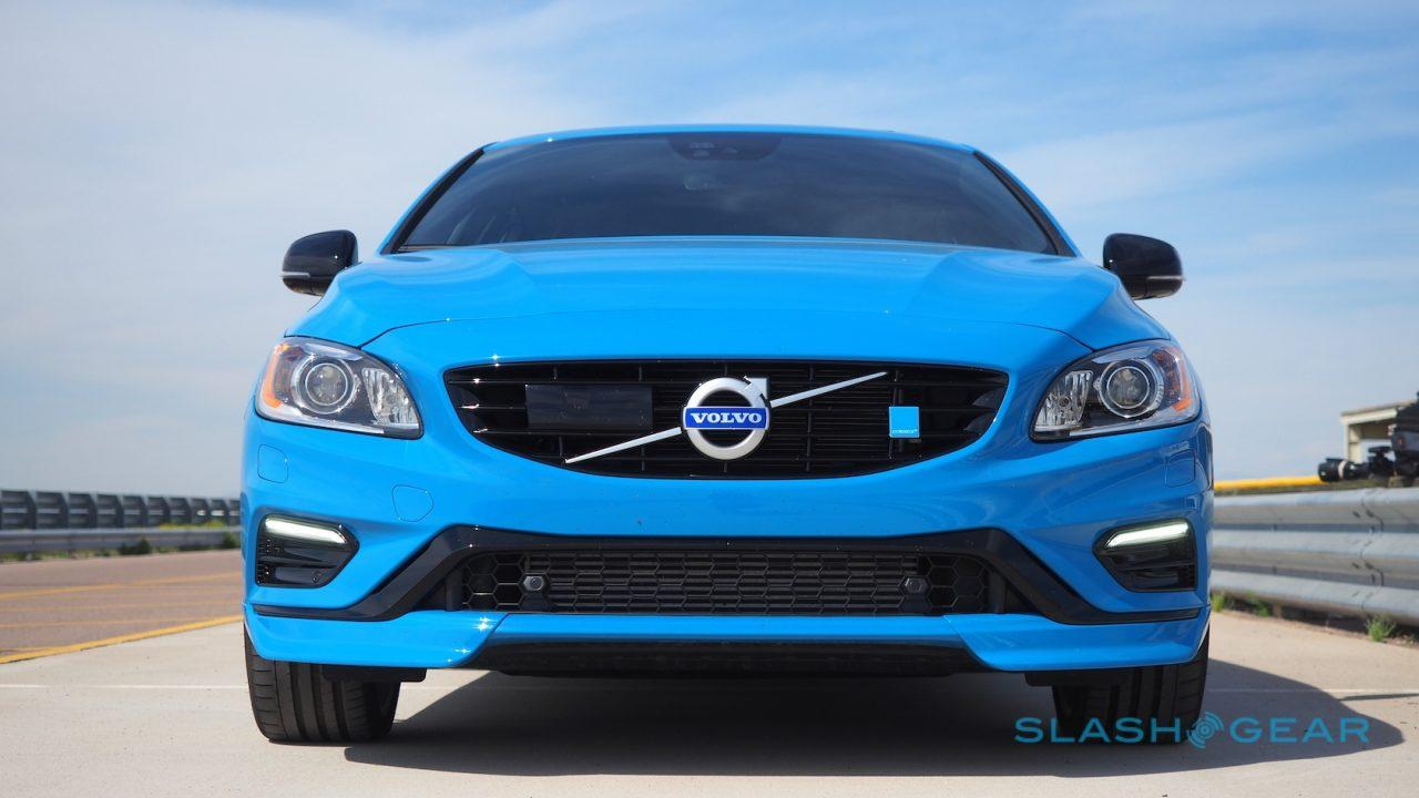 2017 Volvo V60 Polestar First Drive: Feeling Blue - SlashGear