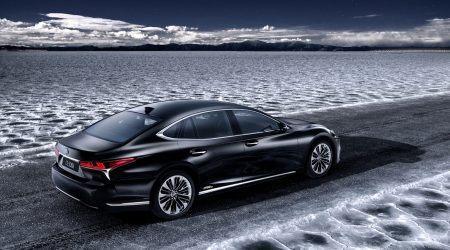 2018 Lexus LS 500h Gallery