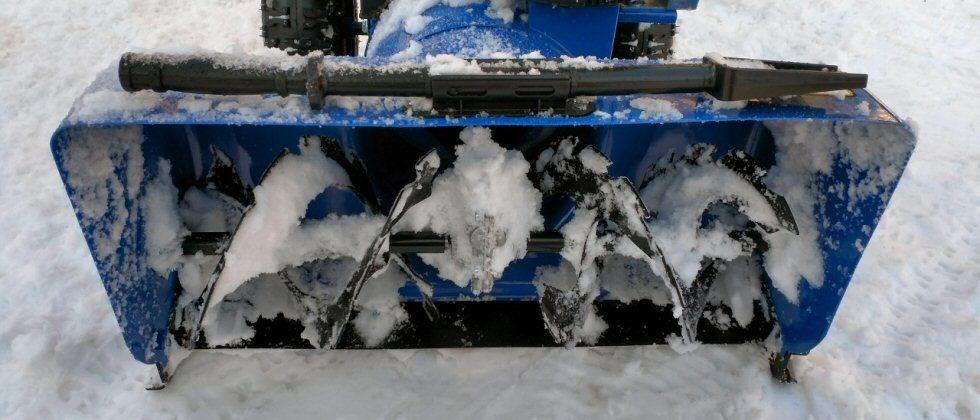 Snow Joe iON24SB-XR Review: Battery-powered snow blower says 'shush' to winter