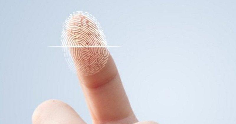 Galaxy S8's odd fingerprint scanner was a last-minute change