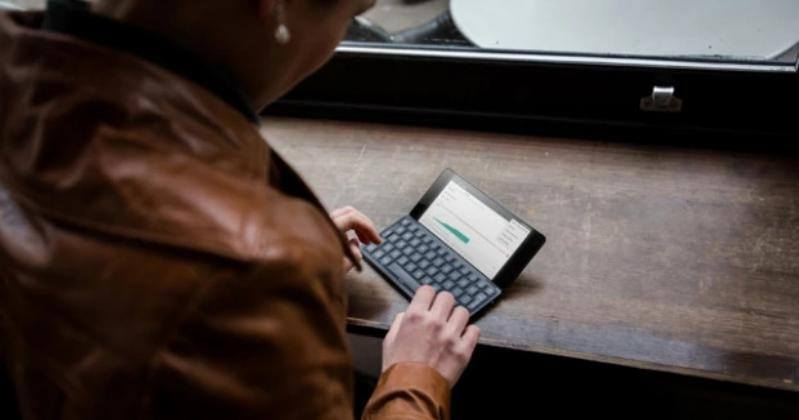 Gemini PDA brings back Psion days with Android/Linux pocket PC
