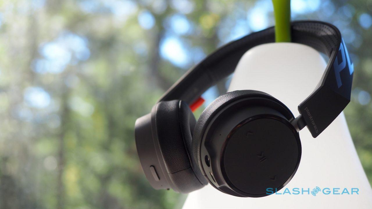 Plantronics Backbeat 500 Series Hands On Bluetooth Headphones On A Budget Slashgear
