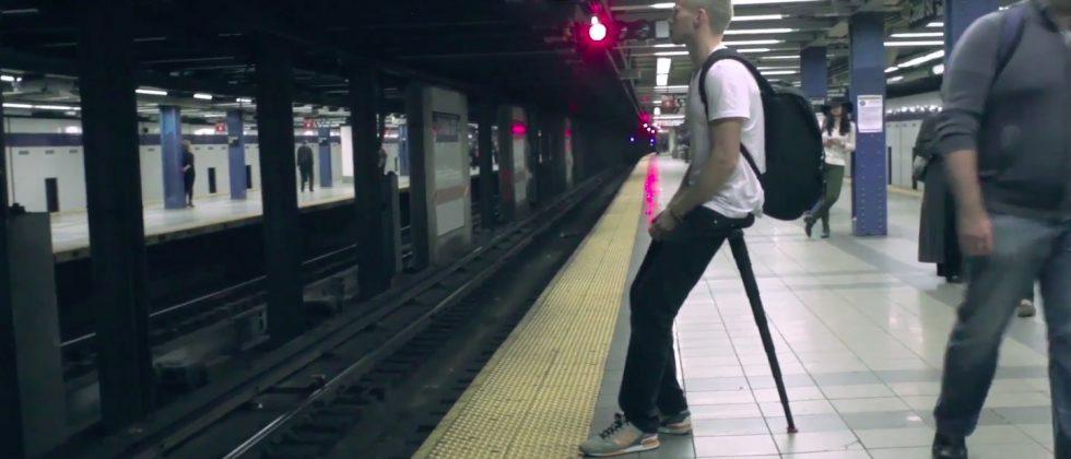 Sitpack portable 'resting device' turns your body into a tripod