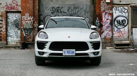 2017 Porsche Macan Gallery