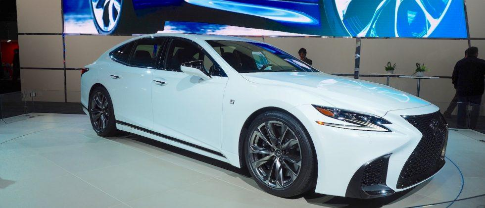 The 2018 Lexus Ls 500 F Sport Gets Detailing Spot On