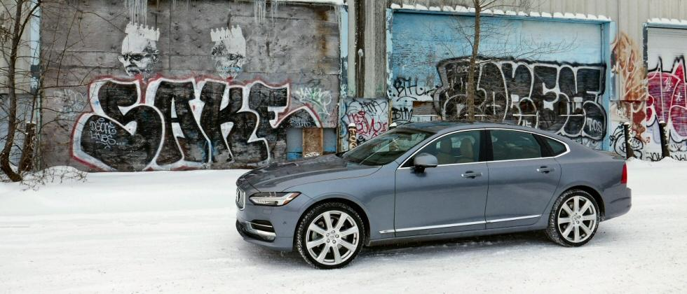 2017 Volvo S90 Winter Gallery