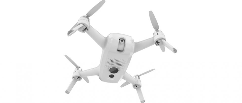 Yuneec Breeze FPV camera drone gets livestreaming support