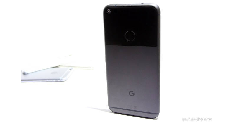 Google Pixel 2 might sport curved OLED screen from LG
