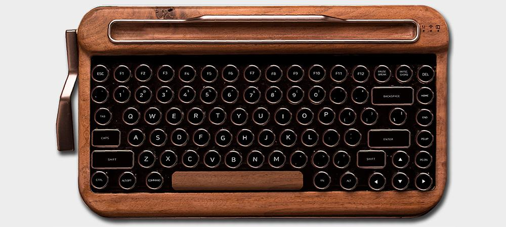 ff85a825646 Penna is a retro Bluetooth keyboard that looks swiped from a typewriter