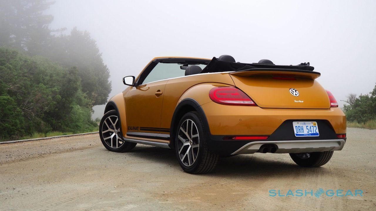 2017 Volkswagen Beetle Dune Convertible Review - SlashGear