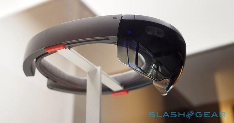 Microsoft HoloLens to serve as AR tool for doctors during spinal surgery