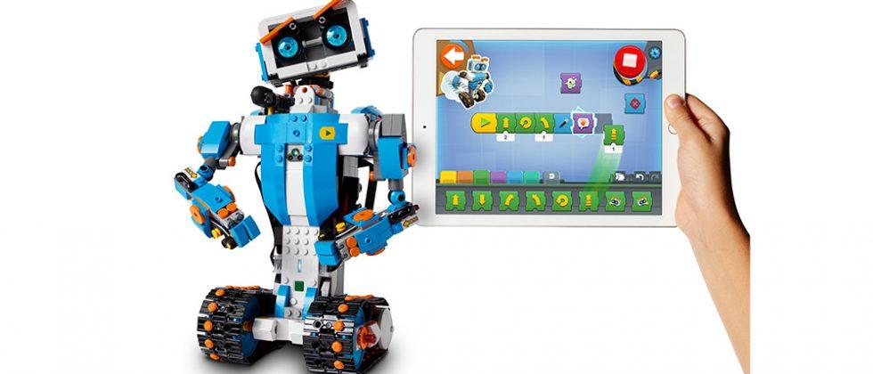 LEGO Boost educational coding set goes up for preorder