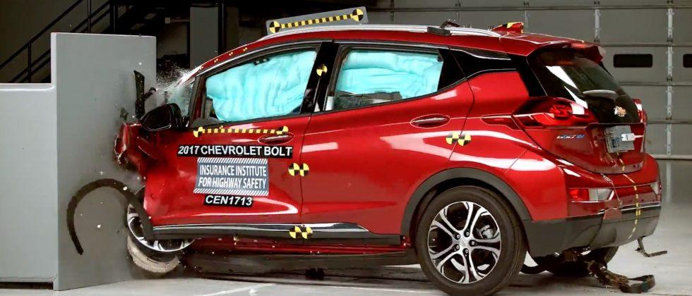 This dramatic Chevrolet Bolt EV crash test video is great news