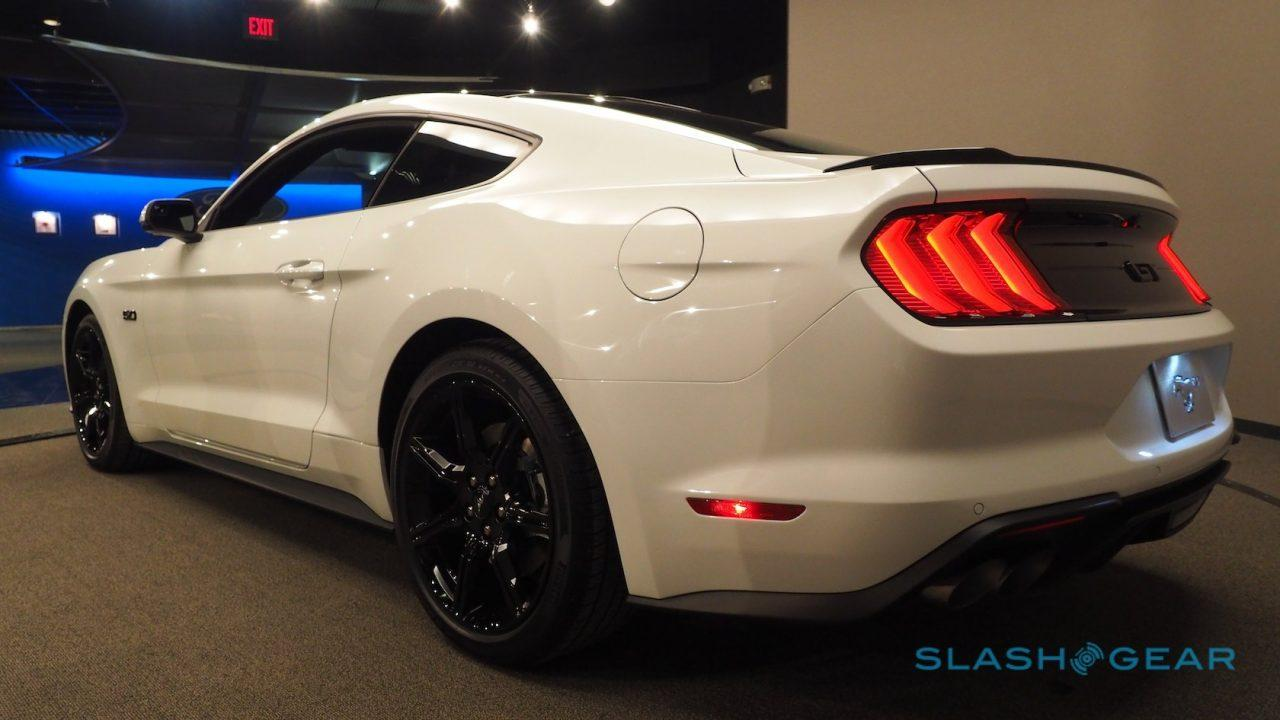 2018 Mustang Gt 0 60 Time >> 2018 Mustang Gt Is A Porsche Beater Says Ford Slashgear