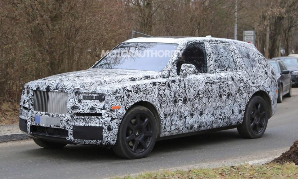 Rolls-Royce Cullinan SUV appears in new spy photos
