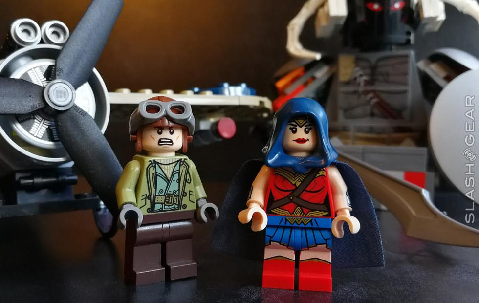 Wonder Woman Warrior Battle LEGO Review : Mega Movie Miniatures!