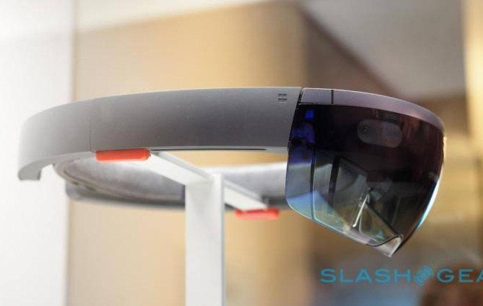 HoloLens V2 will have a custom-made AI coprocessor