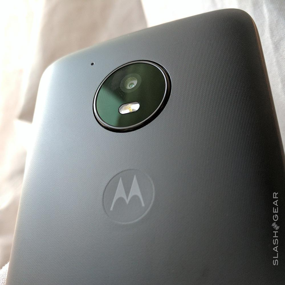 Moto E4 Review: Verizon's best cheap phone - SlashGear