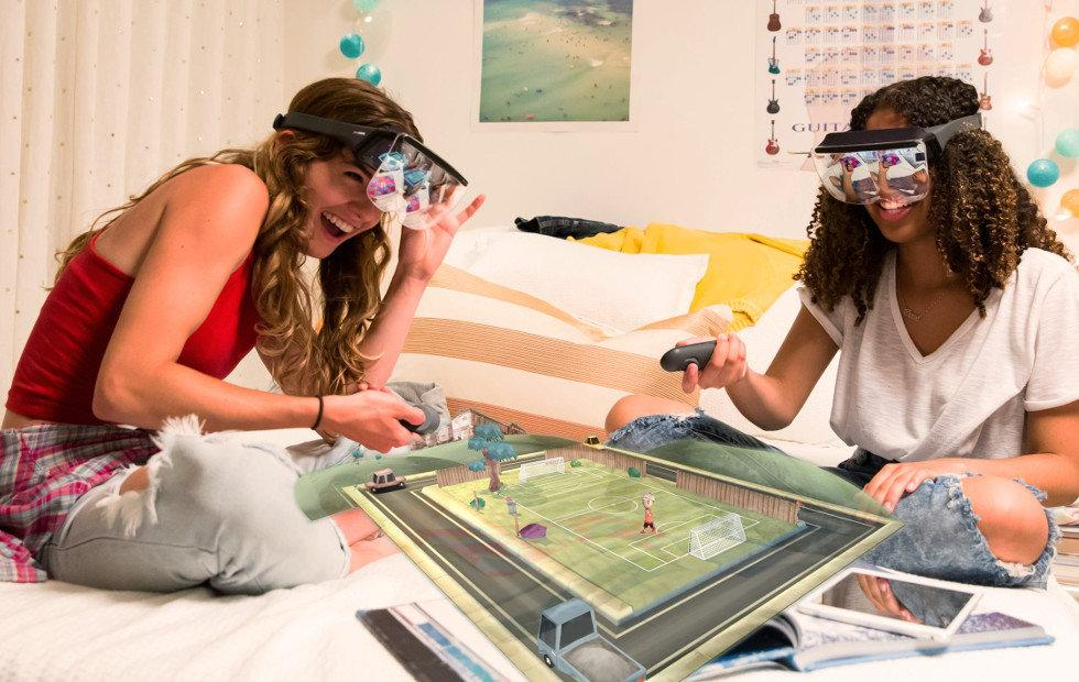 Mira Prism – a Daydream for augmented reality and iPhones