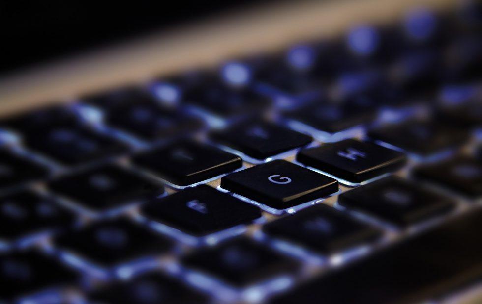 AlphaBay dark web drugs and credit card market shut down