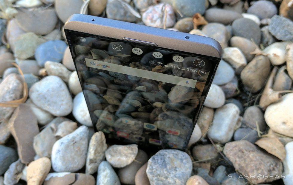 LG V30 may lose this fan-favorite feature