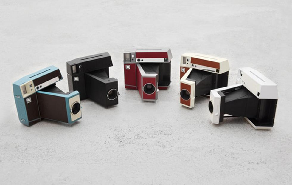 Lomography Lomo'Instant Square Camera puts square images on film