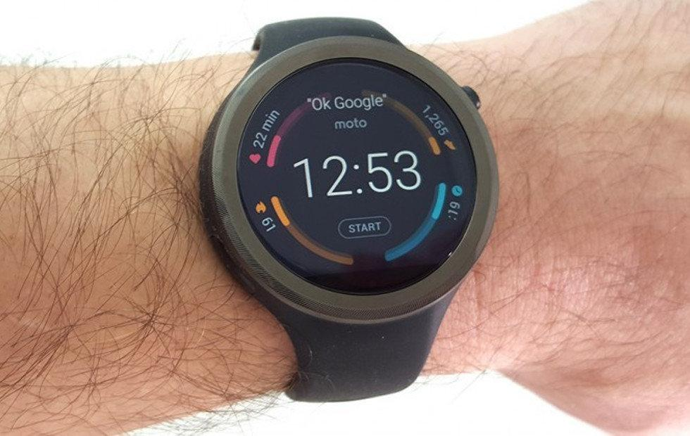 Moto 360 Sport Android Wear 2.0 update finally rolls out