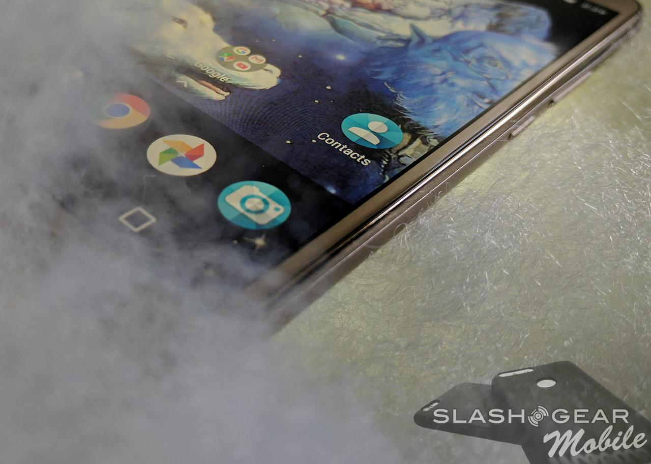 Moto E4 Plus Review : The Never-ending Battery - SlashGear