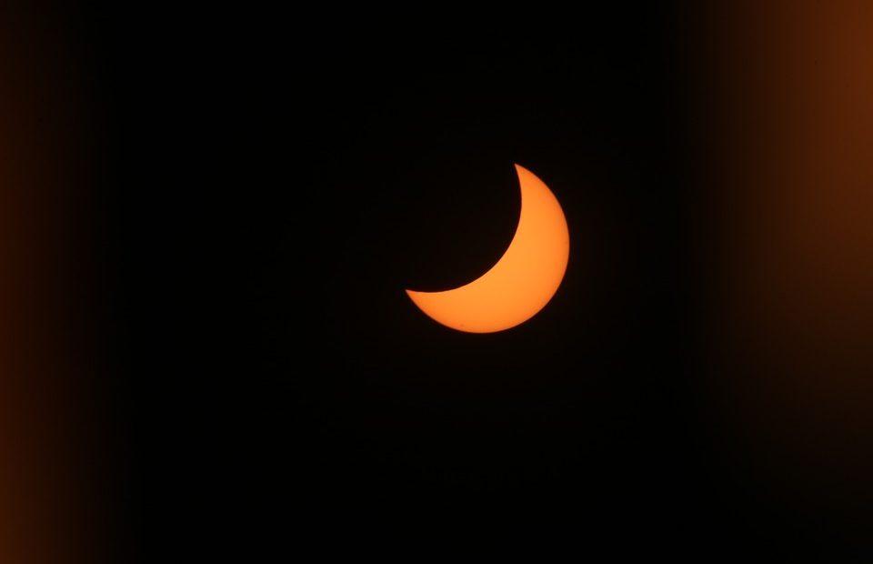 Watch the 2017 solar eclipse in 4K 360 VR livestreamed next week