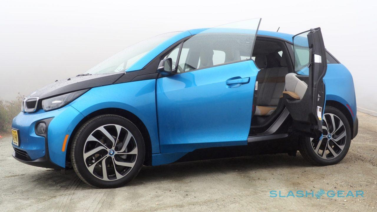 Still There Are Some Solid Reasons To Like The 2017 I3 All Same It S Far More Visually Distinctive Than Most Of Its Ev Brethren Cabin Is Charming