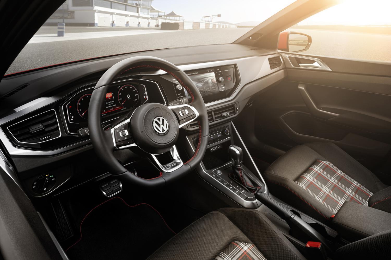 2018 VW Polo GTI gets 197 hp and fully digital instrument - SlashGear
