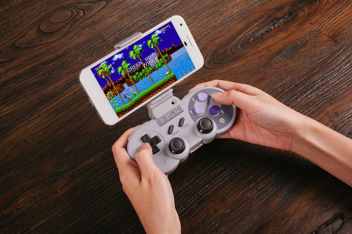 8bitdo's SN30 Pro controller is a vintage jack-of-all-trades