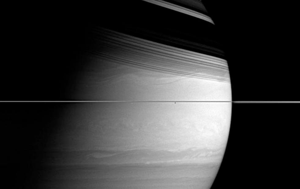 See Saturn's beauty as Cassini crashes into it