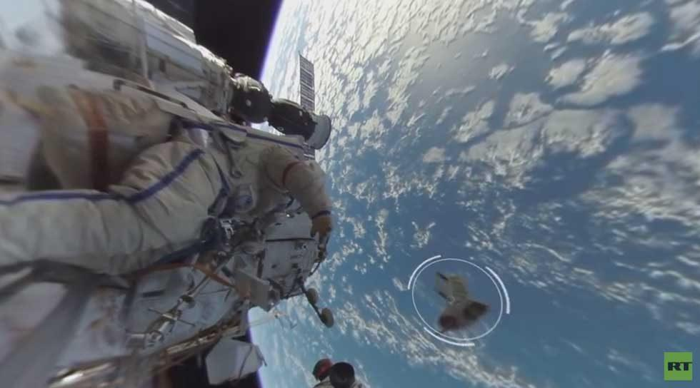 First ever 360-degree spacewalk video is out of this world