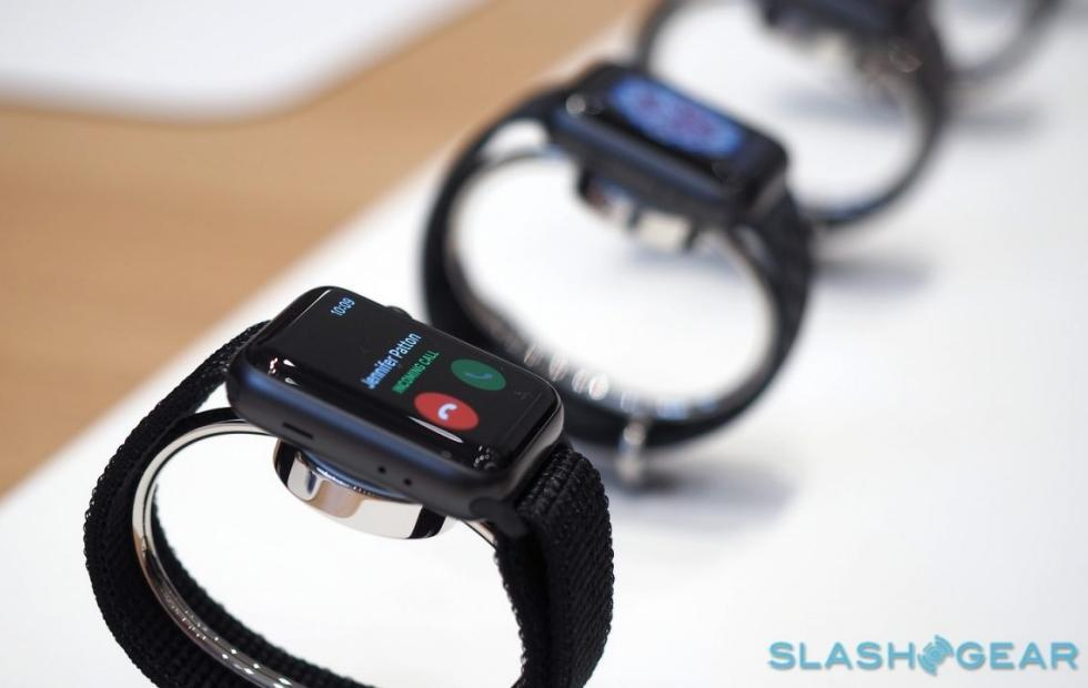 Apple Watch watchOS 4.0.1 fixes this odd Series 3 bug