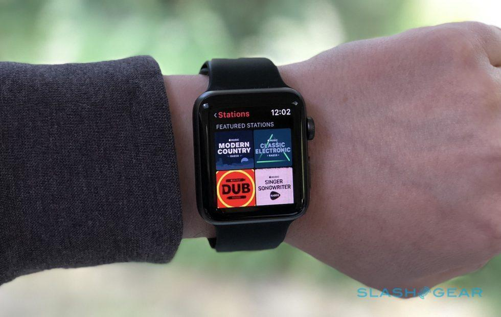 Apple Watch wireless music streaming arrives with watchOS 4.1