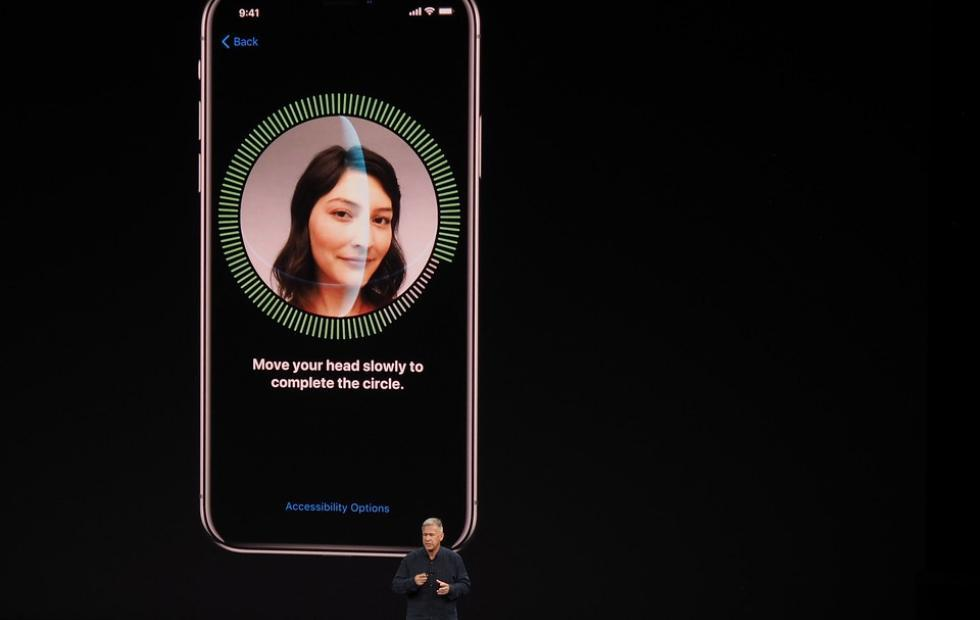 Android OEMs now looking into Face ID tech