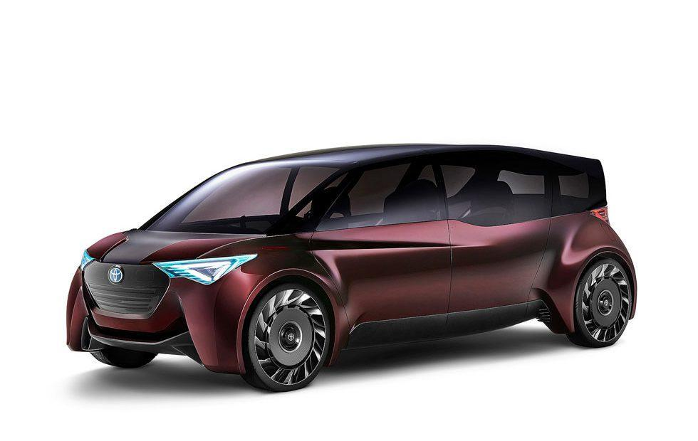 "Toyota ""Fine-Comfort Ride"" concept vehicle is a hydrogen-powered EV"